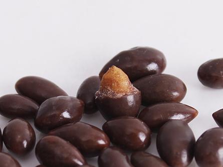 58g人人吃瓜子仁巧克力产品特点1