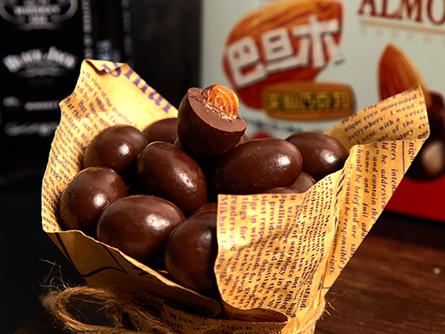 80g巴旦木巧克力特点1